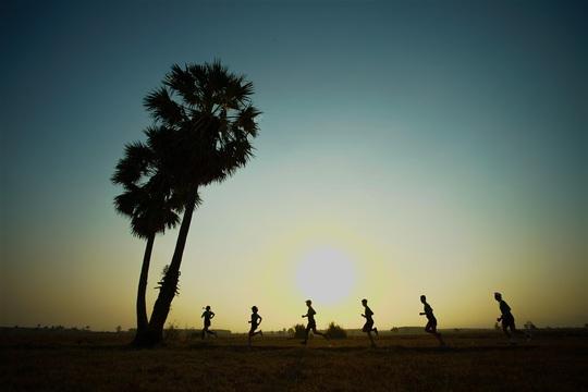 Tây Ninh thu hút cộng đồng runner với giải chạy BaDen Mountain Marathon 2021 - Ảnh 3.