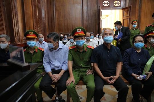 Bất ngờ lý do nữ đại gia Dương Thị Bạch Diệp yêu cầu tòa thay 1 kiểm sát viên - Ảnh 1.