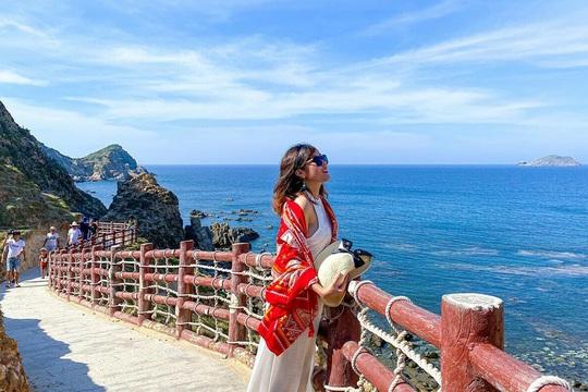 8 vùng biển xanh cho mùa nóng phía Nam - Ảnh 3.