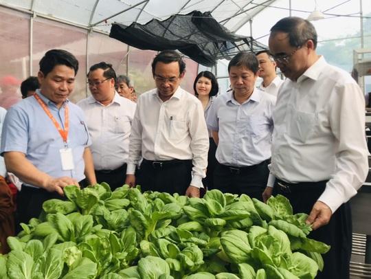 Ông Nguyễn Văn Nên và ông Nguyễn Thiện Nhân thăm Công viên phần mềm Quang Trung - Ảnh 4.