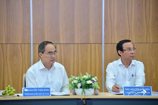 Ông Nguyễn Văn Nên và ông Nguyễn Thiện Nhân thăm Công viên phần mềm Quang Trung - Ảnh 5.
