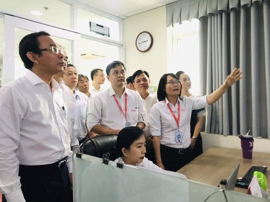 Ông Nguyễn Văn Nên và ông Nguyễn Thiện Nhân thăm Công viên phần mềm Quang Trung - Ảnh 2.