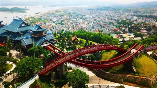 Mục sở thị những điểm đến gom cả tinh hoa thế giới trong lòng Việt Nam - Ảnh 4.
