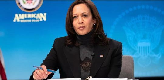 Tổng thống Biden hoãn sự kiện Covid-19 để gặp các lãnh đạo người Mỹ gốc Á - Ảnh 2.