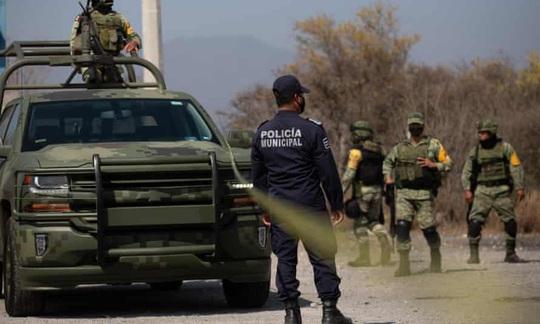 Mexico: Ít nhất 13 cảnh sát thiệt mạng trong cuộc phục kích đẫm máu - Ảnh 1.