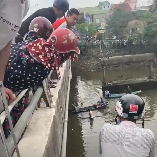 Lao xuống sông cứu bạn gái giận hờn nhảy cầu, nam thanh niên bị nước cuốn tử vong - Ảnh 1.