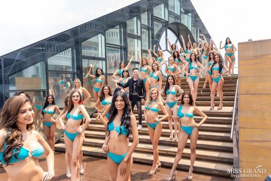 Hấp dẫn nhan sắc Hoa hậu Hòa Bình Thế giới 2020 diện bikini - Ảnh 7.