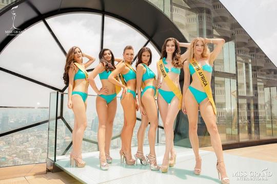 Hấp dẫn nhan sắc Hoa hậu Hòa Bình Thế giới 2020 diện bikini - Ảnh 2.