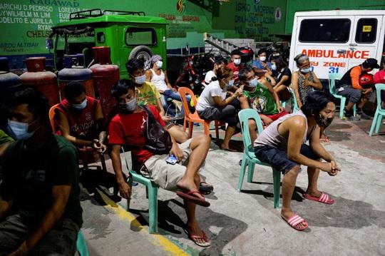 Covid-19: Campuchia tiếp tục đóng cửa nhiều nơi trên cả nước - Ảnh 3.