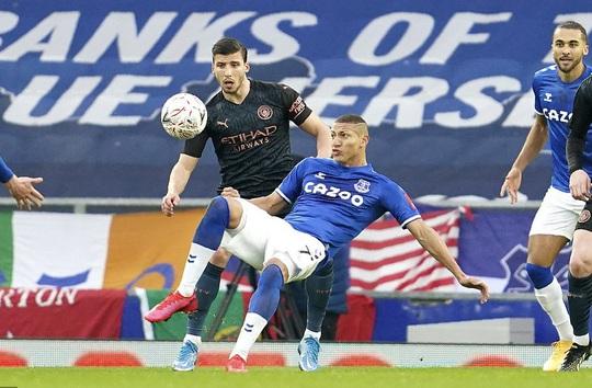 Siêu sao bùng nổ, Man City tốc hành đoạt vé bán kết FA Cup - Ảnh 4.