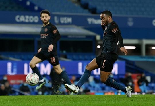 Siêu sao bùng nổ, Man City tốc hành đoạt vé bán kết FA Cup - Ảnh 2.
