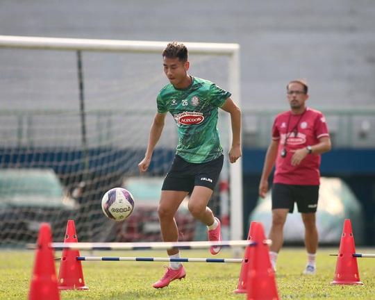 CLB TP HCM, Hà Nội FC thử sức với người nhà - Ảnh 1.