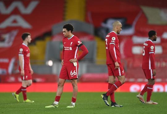 Mason Mount lập siêu phẩm, Liverpool nhận chuỗi thất bại thảm họa - Ảnh 9.