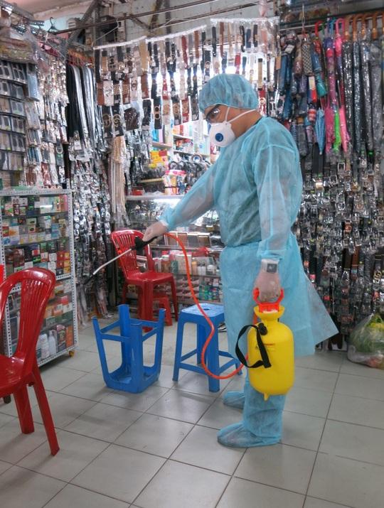 TP HCM: Phát hiện 35 người Trung Quốc nghi nhập cảnh trái phép - Ảnh 1.