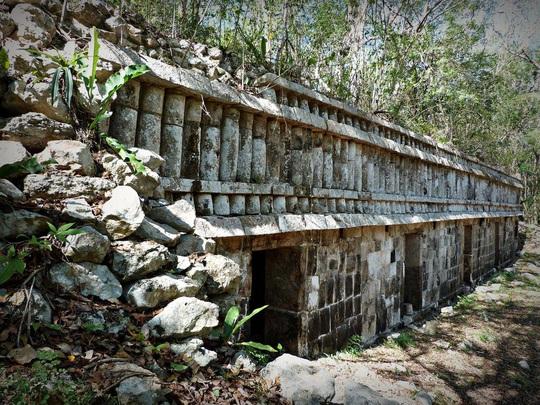 Mở kim tự tháp Maya, phát hiện đường vào một thế giới khác chưa từng biết - Ảnh 3.