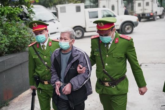 Thắt chặt an ninh phiên toà Đồng Tâm - Ảnh 2.