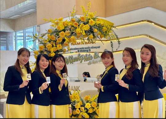 Nam A Bank lan tỏa thông điệp hạnh phúc nhân dịp 8-3 - Ảnh 3.