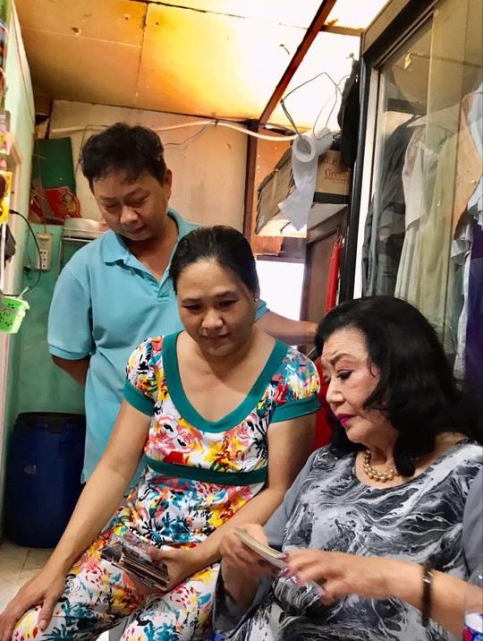 [eMagazine] Câu chuyện bí mật 46 năm của Kỳ nữ Kim Cương - Ảnh 7.