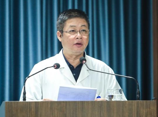 CLIP: 30 nhân viên y tế đầu tiên tại Bệnh viện Thanh Nhàn được tiêm vắc-xin Covid-19 - Ảnh 4.