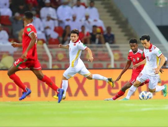 Trực tiếp trận Oman - Việt Nam 3-1: Trận thua ngược để lại nhiều tiếc nuối - Ảnh 2.