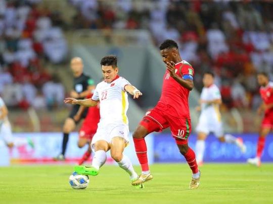 Trực tiếp trận Oman - Việt Nam 3-1: Trận thua ngược để lại nhiều tiếc nuối - Ảnh 1.