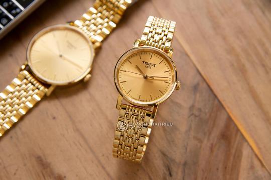 5 thương hiệu đồng hồ nữ sang trọng, nổi tiếng bán chạy - Ảnh 1.