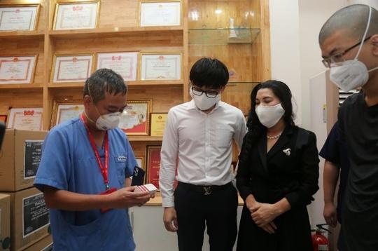 Nhiều người khó khăn được Quỹ Từ thiện Kim Oanh hỗ trợ - Ảnh 3.