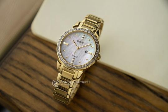 5 thương hiệu đồng hồ nữ sang trọng, nổi tiếng bán chạy - Ảnh 3.