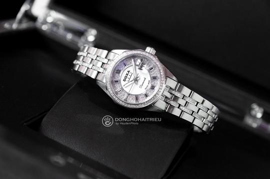 5 thương hiệu đồng hồ nữ sang trọng, nổi tiếng bán chạy - Ảnh 4.