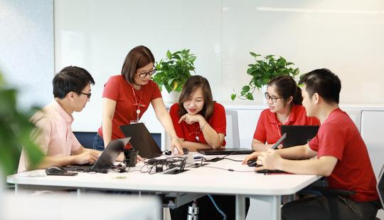 """Techcombank được vinh danh """"Nơi làm việc tốt nhất châu Á"""" năm thứ hai liên tiếp - Ảnh 1."""