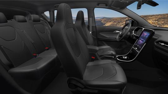 VinFast mở bán mẫu ô tô điện đầu tiên với mức giá 690 triệu đồng - Ảnh 6.