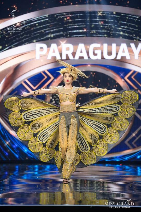 Bắt mắt với những bộ Quốc phục tại cuộc thi Hoa hậu Hòa Bình Thế giới - Ảnh 19.