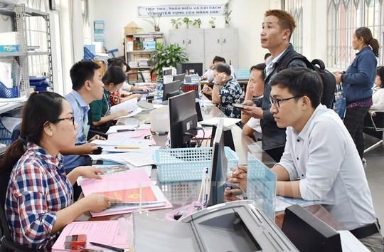 Điều kiện tăng lương trước hạn với cán bộ, công chức, viên chức trong năm 2021 - Ảnh 1.