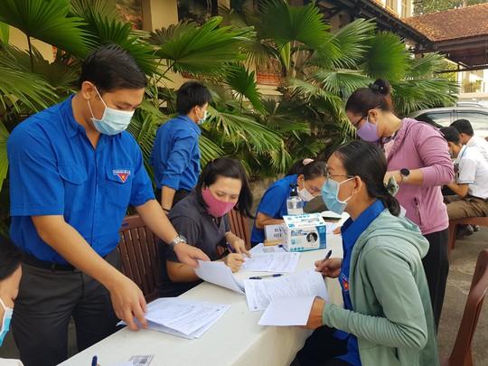 Đoàn viên tích cực tham gia hiến máu cứu người - Ảnh 3.