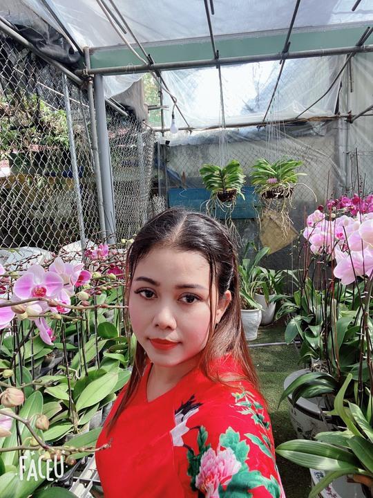 Chủ vườn lan Hằng Nguyễn: Từ bỏ nghiệp giáo để lập nghiệp với hoa lan - Ảnh 1.