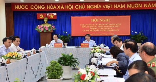 Chủ tịch Nguyễn Thành Phong: TP Thủ Đức phải thu ngân sách vượt quận 1 - Ảnh 2.