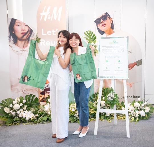 H&M tung chiến dịch Let's Reuse phát triển thời trang bền vững - Ảnh 1.