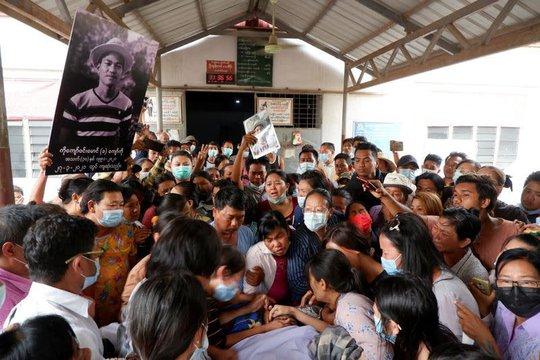 Myanmar: Súng tiếp tục nổ, thương vong gia tăng - Ảnh 2.