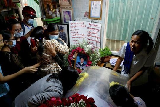 Myanmar: Súng tiếp tục nổ, thương vong gia tăng - Ảnh 1.