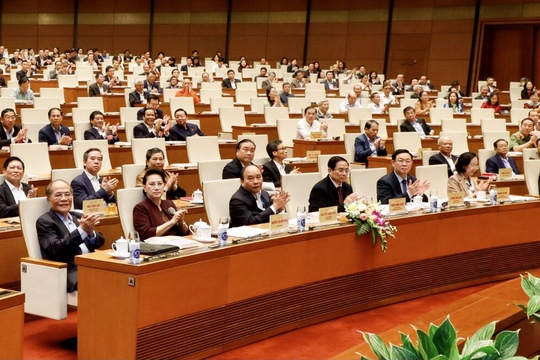 Thủ tướng Nguyễn Xuân Phúc: Đất nước đã đạt được những thành tựu to lớn sau 35 năm đổi mới - Ảnh 2.