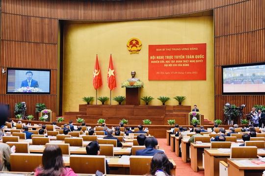 Thủ tướng Nguyễn Xuân Phúc: Đất nước đã đạt được những thành tựu to lớn sau 35 năm đổi mới - Ảnh 3.
