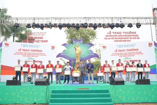 Herbalife Việt Nam vinh danh Vận động viên, Huấn luyện viên tiêu biểu 2020 - Ảnh 1.