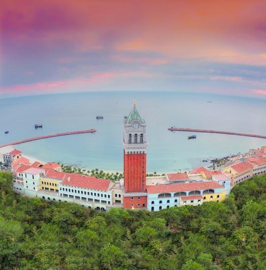 Tương lai đô thị Phú Quốc nhìn từ Sun Grand City Hillside Residence - Ảnh 1.