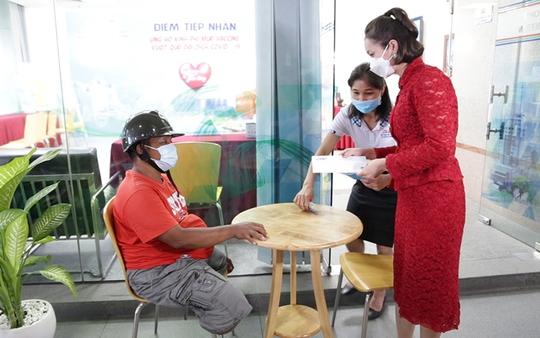 Cả nước một lòng, quỹ mua vắc-xin Covid-19 đạt hơn 30 tỉ đồng - Ảnh 1.