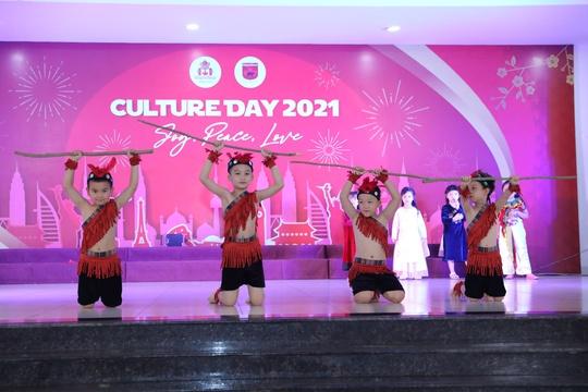 Culture Day 2021: Sự kiện văn hóa đa sắc màu của Sunshine Maple Bear - Ảnh 1.