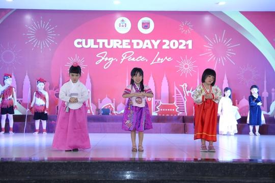 Culture Day 2021: Sự kiện văn hóa đa sắc màu của Sunshine Maple Bear - Ảnh 2.