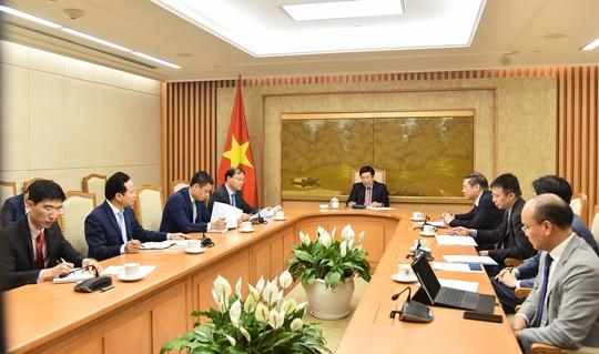 Phó Thủ tướng Phạm Bình Minh trao đổi trực tuyến với Đặc phái viên của Tổng thống Mỹ - Ảnh 1.
