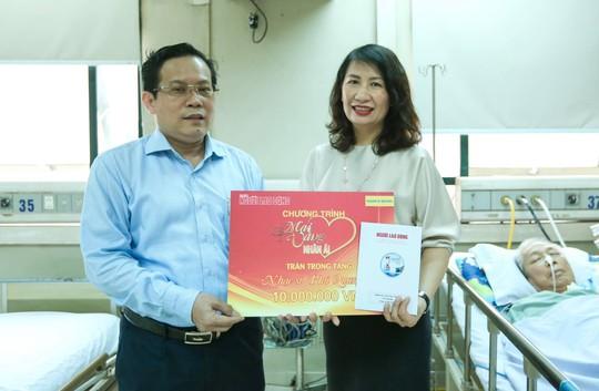 Mai vàng nhân ái thăm nhạc sĩ Phú Quang - Ảnh 3.