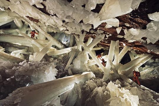 Có gì trong 7 hang động đẹp nhất thế giới? - Ảnh 1.