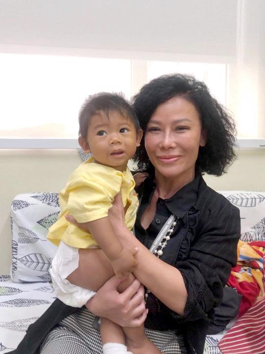 Quỹ Nâng bước tuổi thơ: 15 năm mang y tế quốc tế đến cho bệnh nhi nghèo - Ảnh 3.